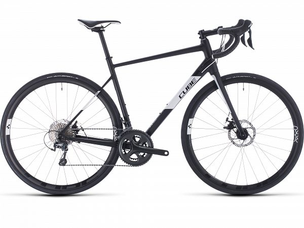 Cube Attain Race Black - Racercykel - 2020